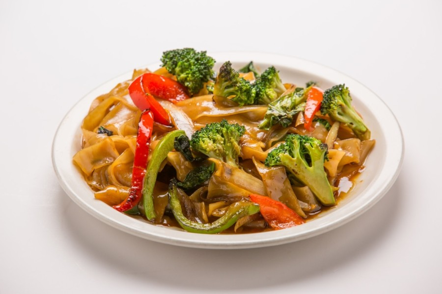 Drunken noodles is one of the signature dishes offered at Thai Esane. (Courtesy Thai Esane)