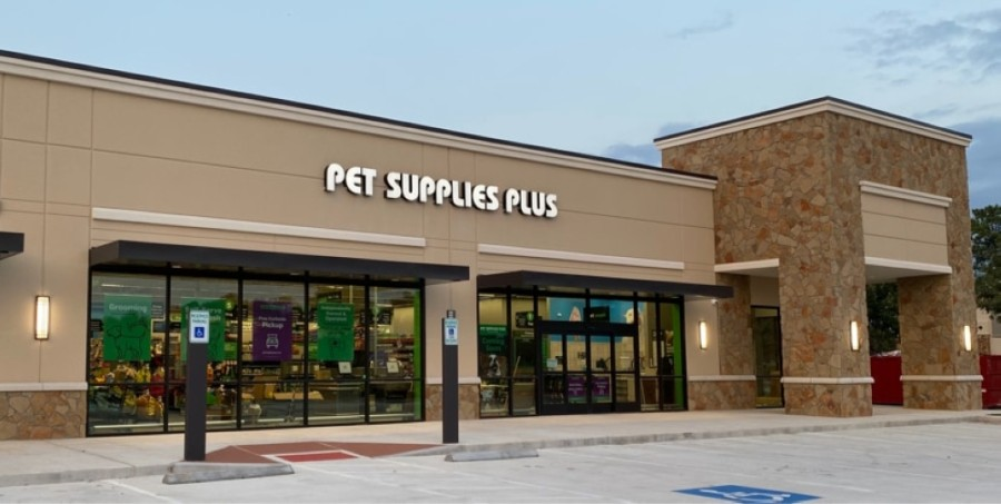 Pet Supplies Plus opened a new location at 18550 Champion Forest Drive, Spring, on Sept. 25. (Courtesy Pet Supplies Plus)
