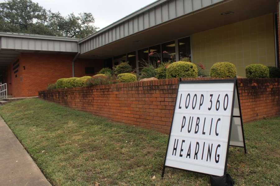 A sign indicated the in-person public hearing at TxDOT Austin District office, 7901 N. I-35, Austin, on Oct. 6. (Brian Perdue/Community Impact Newspaper)