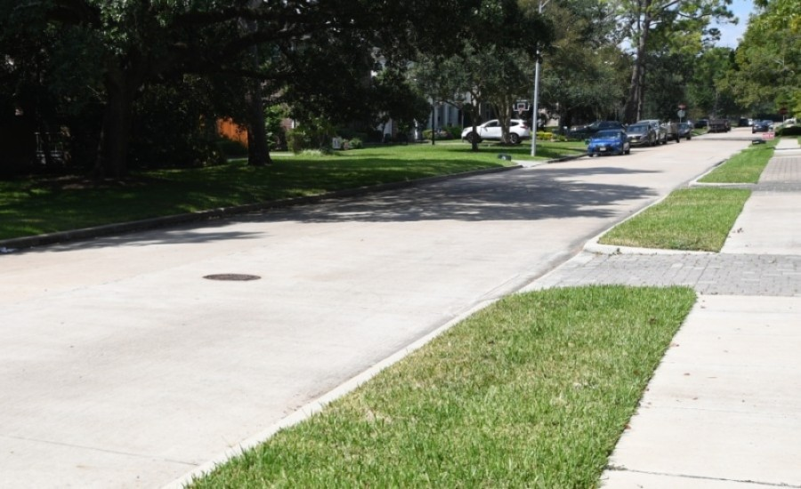The city of Bellaire has published a financial assessment of sidewalk charter amendments. (Hunter Marrow/Community Impact Newspaper)