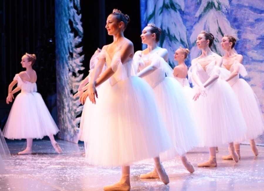 "The Houston Repertoire Ballet (pictured) has performed ""The Nutcracker"" live in previous holiday seasons; the company's Christmas Spectacular is scheduled virtually for Dec. 12 this year. Five other holiday events will take place in League City between late November and late December. (Courtesy Scott Nilsson Photographer)"