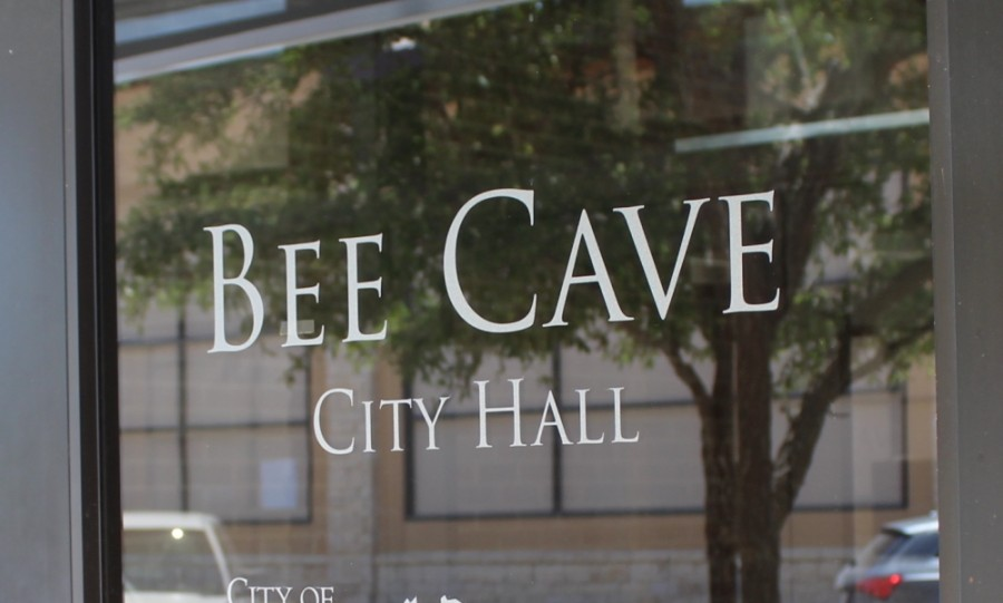 After going into executive session to discuss the matter, Bee Cave City Council voted at its Oct. 27 meeting to purchase a 2.78-acre lot and fund the purchase with the sale of tax notes. (Brian Perdue/Community Impact Newspaper)