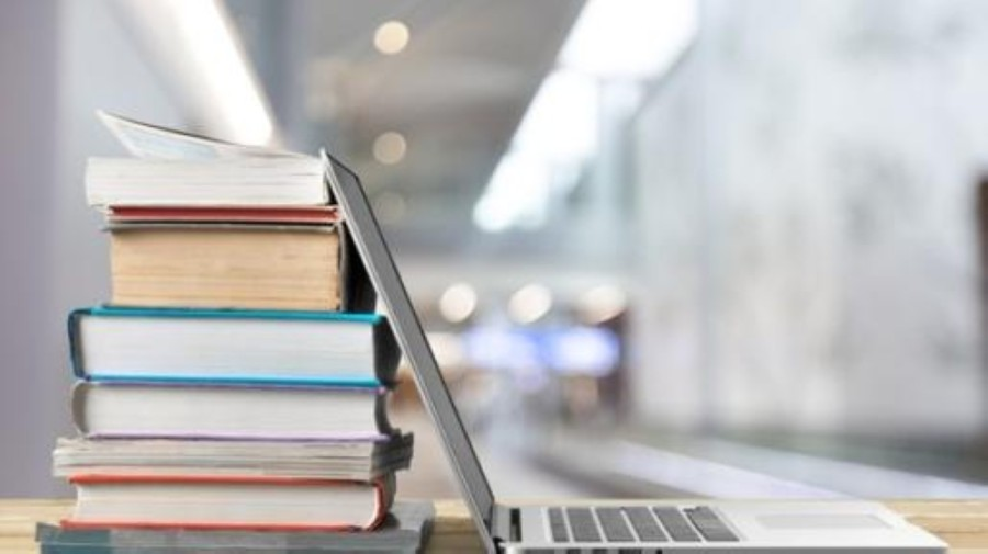 Fifteen campuses began offering curbside library services to virtual learning students in October, and additional libraries will kick-start their services in November and January. (Courtesy Adobe Stock)