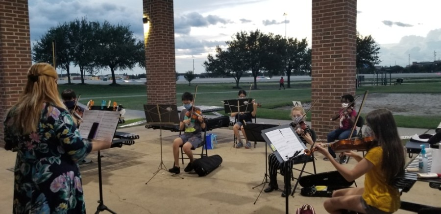 Allegro has moved its orchestra outside during COVID-19. (Courtesy Allegro Pearland Academy of Music)