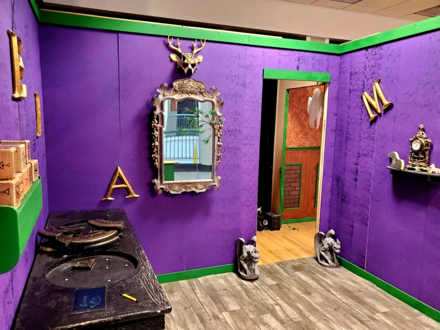 Parlor of Entertainment offers a number of escape-room experiences and other activities at Music City Mall in Lewisville. (Courtesy Parlor of Entertainment)