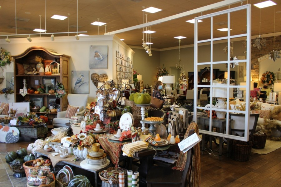 Picket Fences' showroom occupies 11,000 square feet of space with several sections of home decor and gift displays.  (Ben Thompson/Community Impact Newspaper)