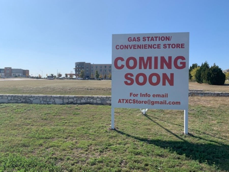 A new gas station and convenience store is coming to the property in front of the Courtyard by Marriott in Pflugerville. (Joe Warner/Community Impact Newspaper)