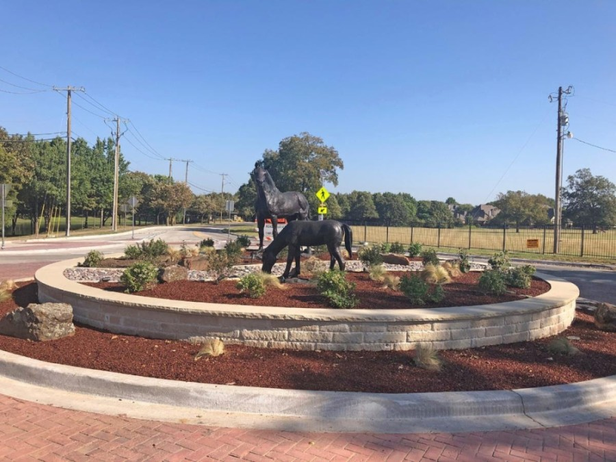 Newly installed horse statues pay homage to the city's equestrian past. (Courtesy city of Colleyville)