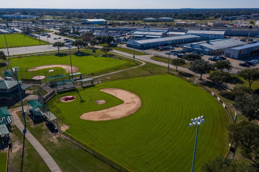 The Chester L. Davis Sportsplex includes 26 athletic fields. Another 15 fields are proposed to be built on the west side, at the future Bay Colony Park. (Nathan Colbert/Community Impact Newspaper)