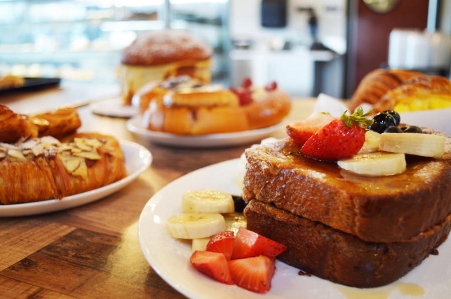 Heaven's Bistro Bakery i