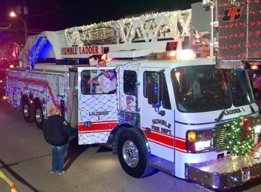 The Christmas Parade of Lights is known to attract more than 8,000 spectators and have more than 100 participating floats.(Courtesy Humble Beautification Committee)