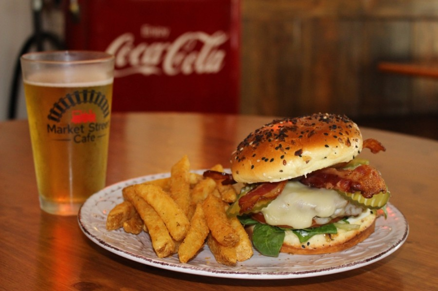 The bacon cheeseburger ($12.29) features a grilled Angus-blend patty on bacon and Jack cheese. (Adriana Rezal/Community Impact Newspaper)
