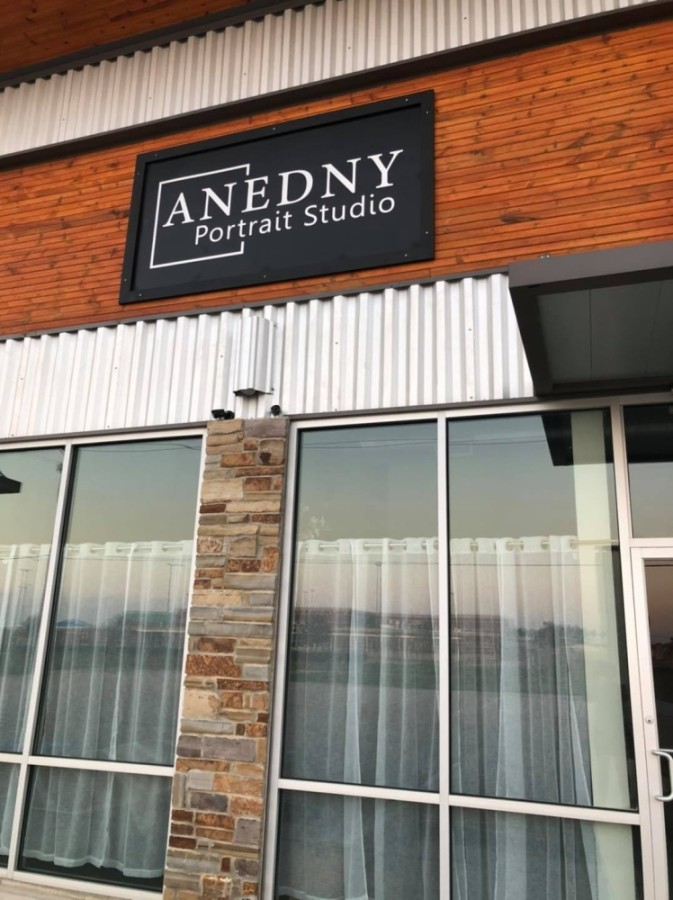 Now open at 17903 Shaw Road, Cypress, Anedny Portrait Studio specializes in newborn portraits and also offers outdoor sessions for families, maternity photoshoots and graduating seniors. (Courtesy Anedny Portrait Studio)