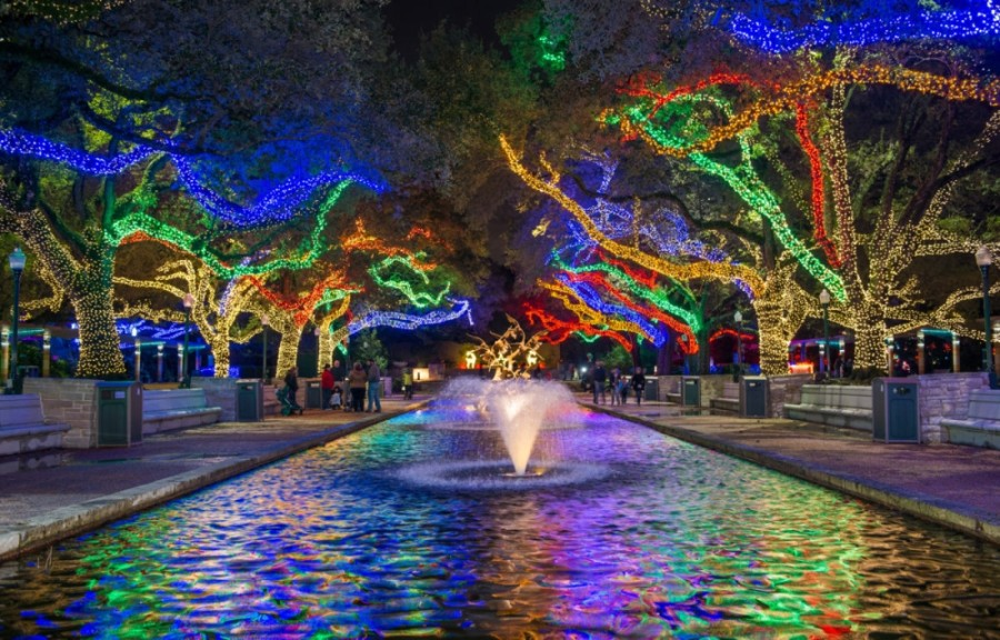 Through Jan. 10, the Houston Zoo brings out the holiday cheer with Zoo Lights, featuring large-scale light installations, including a 100-foot-long tunnel. Visitors age 10 years and older are required to wear facial coverings over the nose and mouth. (Courtesy Houston Zoo)