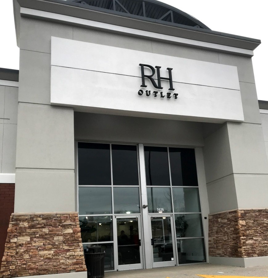 RH Outlet is now open in Brentwood. (Wendy Sturges/Community Impact Newspaper)