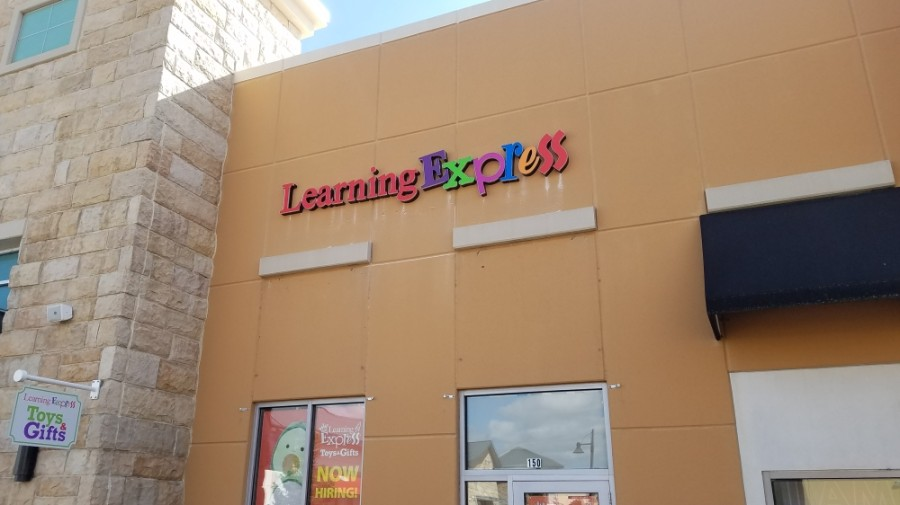 A new franchise location of Learning Express Toys and Gifts opened in November in Highland Village. (Community Impact staff)