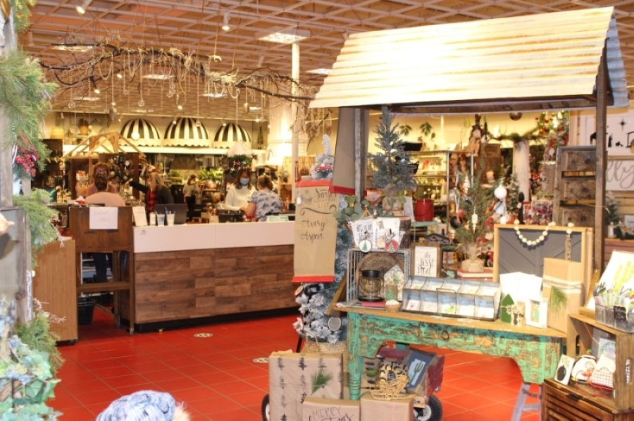 Ivy & Sage Market brings together more than 50 artisans in one store. (Tom Blodgett/Community Impact Newspaper)