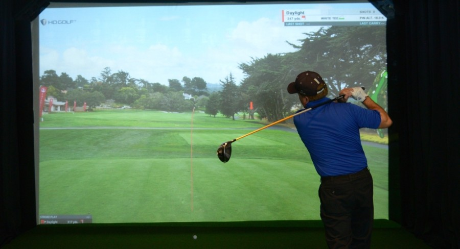 Daylight Golf in Grapevine has five state-of-the-art virtual golf simulators. (Courtesy Daylight Golf)