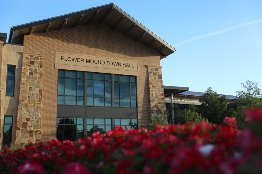 The Flower Mound Planning and Zoning Commission approved a specific-use permit for retail at its Jan. 25 meeting. (Liesbeth Powers/Community Impact Newspaper)