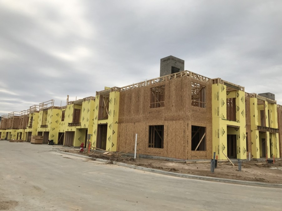 The developers of Kingsland Center said they expect medical and child care tenants but would like to include a yoga studio or a coffee shop. (Laura Aebi/Community Impact Newspaper)