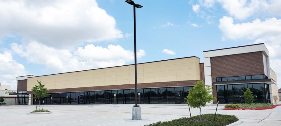 The Shops at 290 & Louetta was sold to a Harris County otolaryngologist, who will use a portion of the building to open a practice this summer. (Courtesy NewQuest Properties)