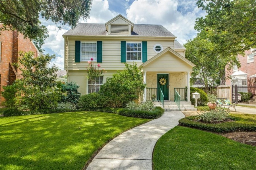Sales on single-family homes jumped 27.7% compared to a year ago. (Courtesy Houston Association of Realtors)