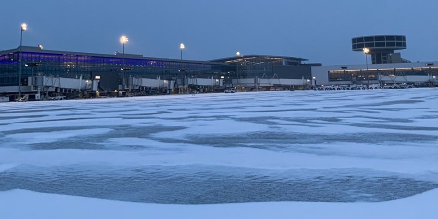 George Bush Intercontinental Airport was closed due to winter weather conditions. (Courtesy George Bush Intercontinental Airport)