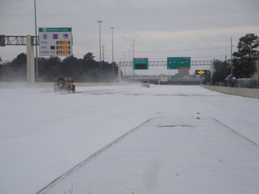 Roads in and around the Meyerland area remain frozen. (Courtesy Metropolitan Transit Authority of Harris County)