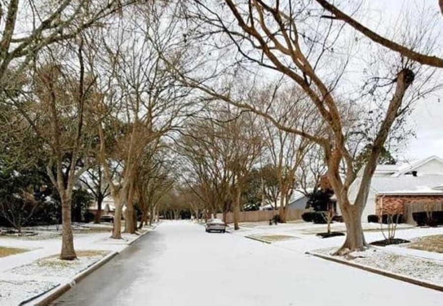 The cities of Sugar Land and Missouri City, along with their residents, continue to deal with the ongoing effects of the winter storm. (Courtesy Patti Rodriguez)