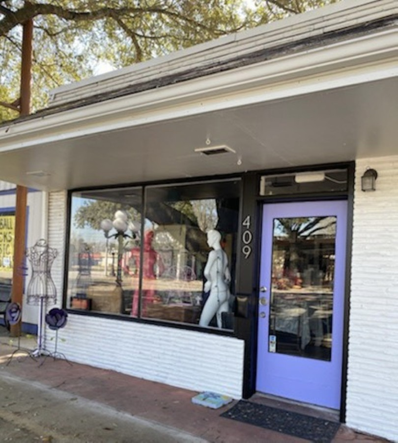 Ultra Violet will offer women's retail items such as clothing and shoes. (Courtesy Amy Bench)