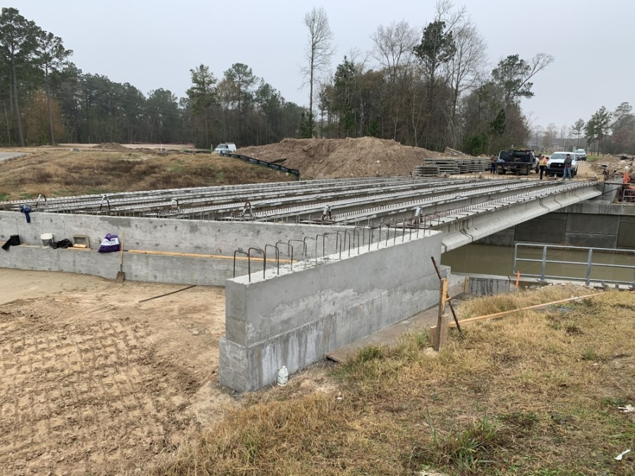 The Madera Run Parkway expansion, which creates new southbound lanes, also creates a bridge near Fernbank Forest Drive. (Courtesy Harris County Precinct 2)