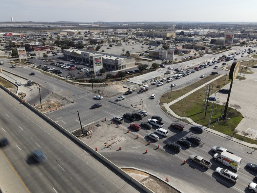 Drivers can expect delays until the project is complete. (Warren Brown/Community Impact Newspaper)