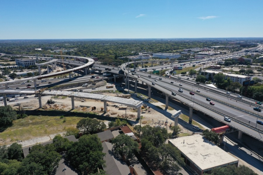 I-35 at US 183 flyover construction