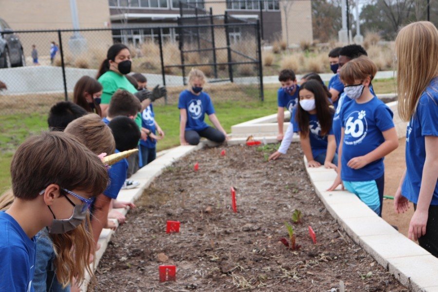 Kolter Elementary School is nearly complete with its Grassroom project. (Courtesy Jennifer Deneen/Kolter PTO)