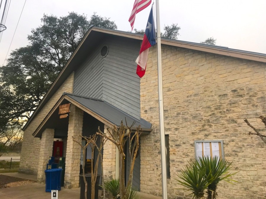 Dripping Springs City Hall is located at 511 W. Mercer St., Dripping Springs. (Nicholas Cicale/Community Impact Newspaper)