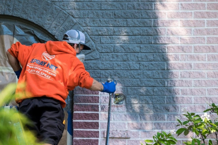 Mobile exterior painting company Spray-Net offers services in the greater north Houston area. (Courtesy Spray-Net)