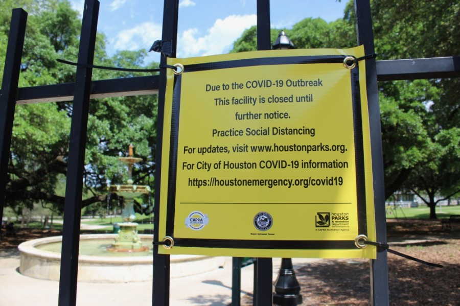 closed park sign