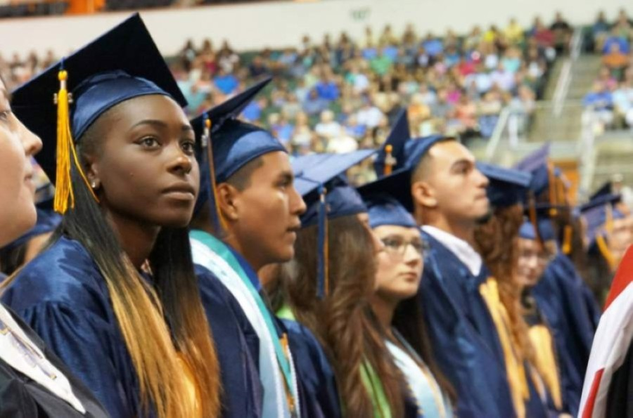 Ahead of graduation, Round Rock ISD seniors will have the opportunity to choose between a traditional ceremony or a commencement walk. (Courtesy Round Rock ISD)