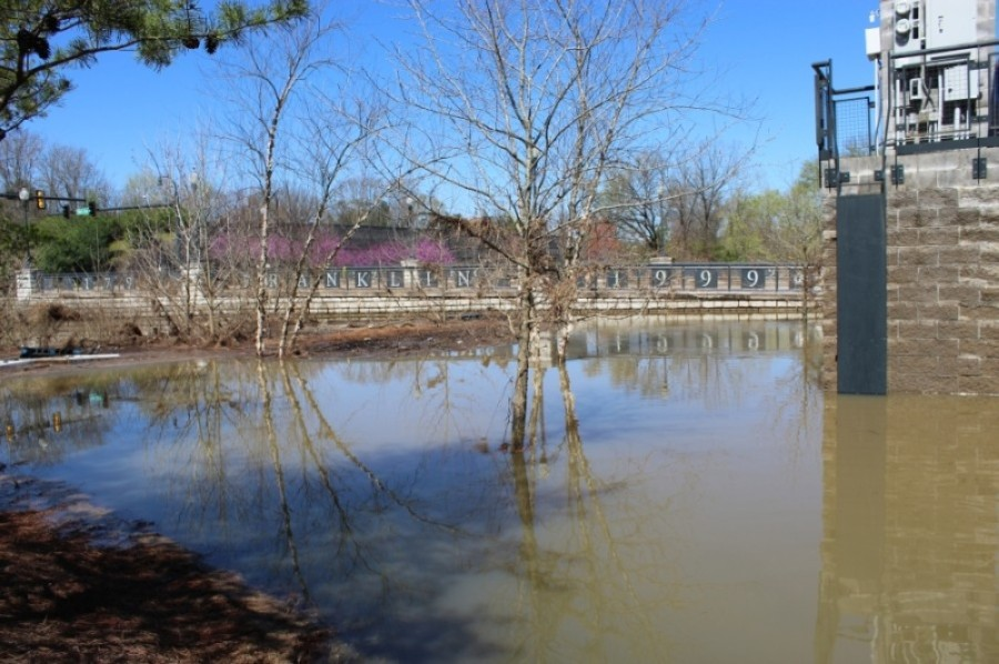 Several parks in the city of Franklin remain closed due to high water. (Wendy Sturges/Community Impact Newspaper)