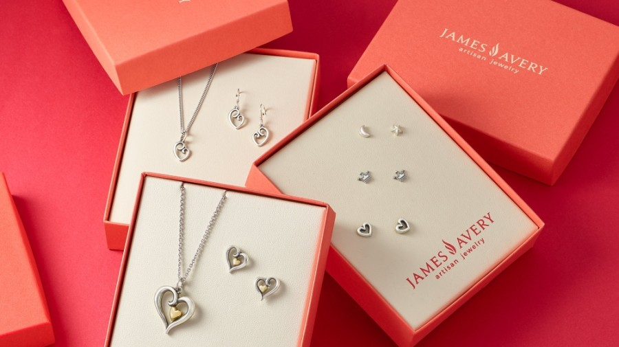 The Kerrville-based jeweler offers artisan charms, pendants, rings, bracelets, necklaces and earrings, available in sterling silver and gold. (Courtesy James Avery)