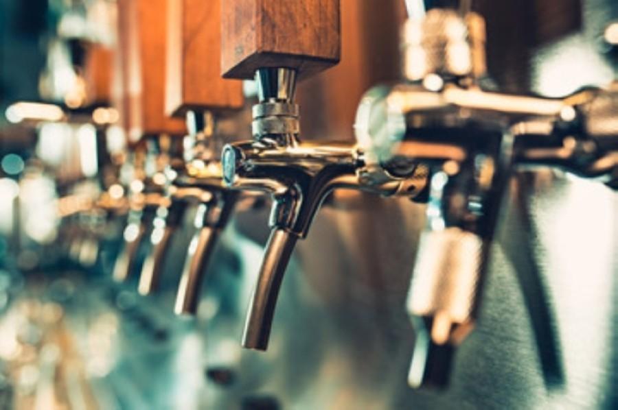 Bar taps.