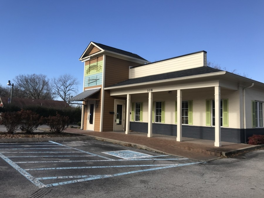 Waldo's Chicken & Beer will open in the former location of Captain D's on New Hwy. 96 West. (Wendy Sturges/Community Impact Newspaper)