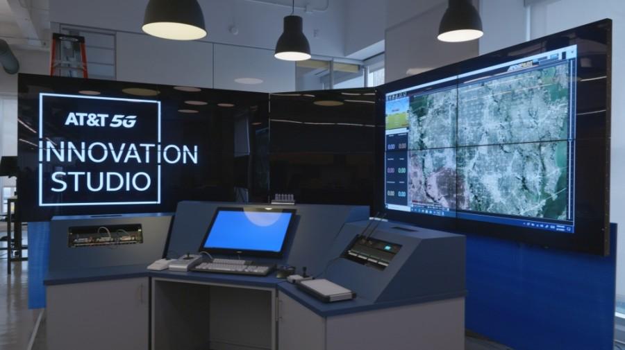 Innovation studio.