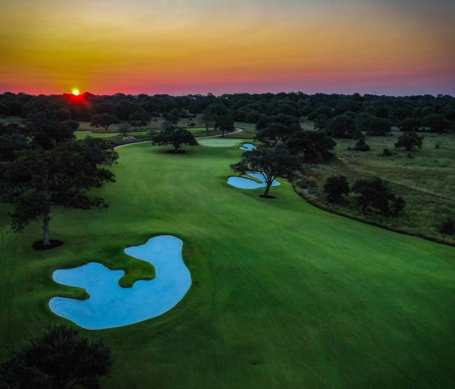 Construction of the new Tom Fazio-designed golf course in Driftwood will be completed by the end of the spring. (Courtesy Discovery Builders)