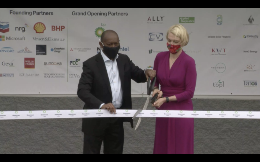 Houston Mayor Sylvester Turner and Greentown Labs CEO Emily Reichert cut the ribbon during the green energy incubator's grand opening April 22. (Courtesy Greentown Labs via livestream)