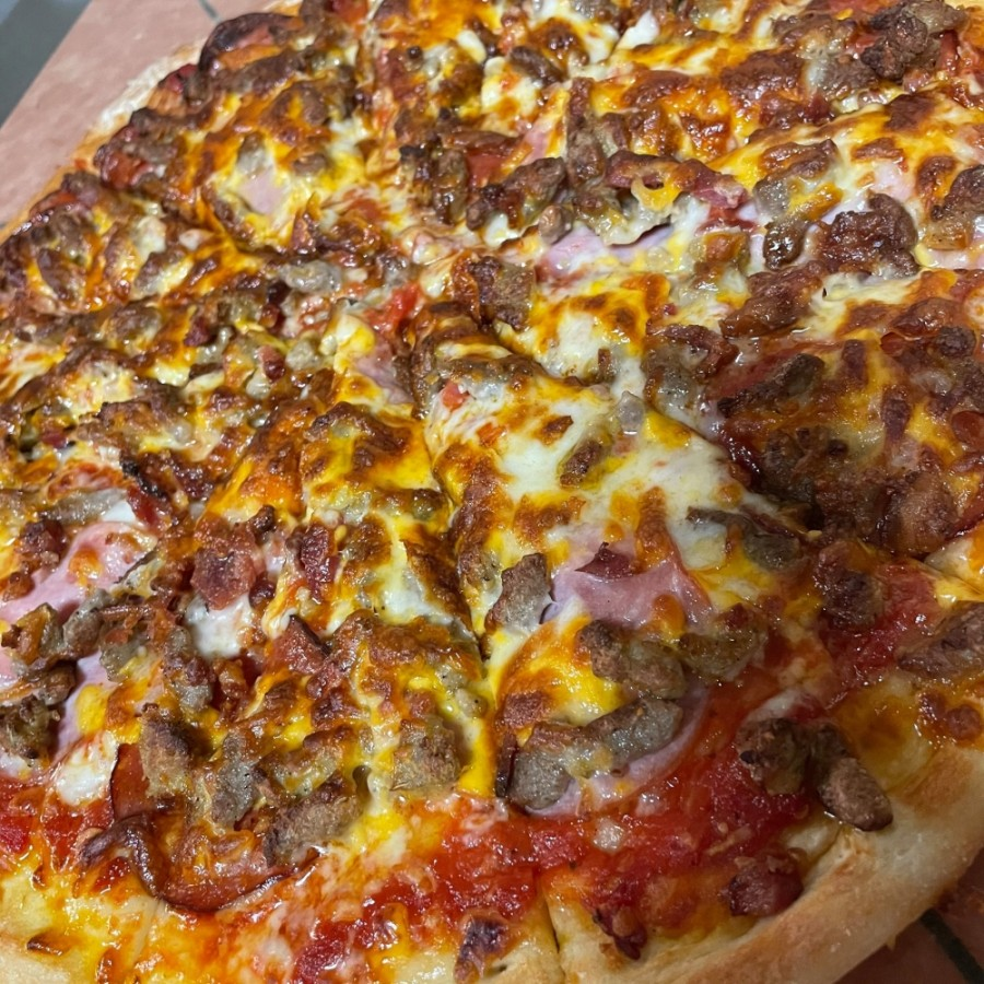 EJ's Pizzeria is launching a ghost kitchen this May. (Courtesy EJ's Pizzeria)