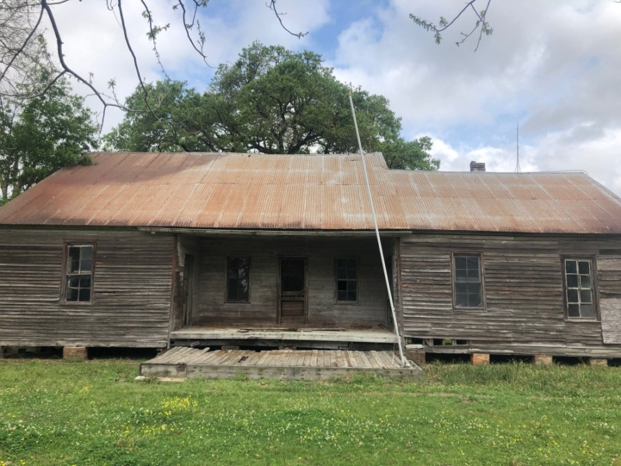 Originally built in the early 1840s, the Martin Frank House is the oldest standing structure still in the Klein community, and is one of only two houses still sitting on its original foundation. (Courtesy Klein Historical Foundation)