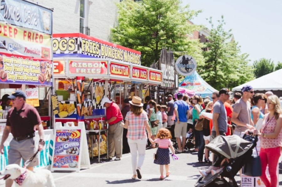 Main Street Festival happens each summer along historic Main Street in downtown Franklin, Tennessee. (Courtesy Visit Franklin)