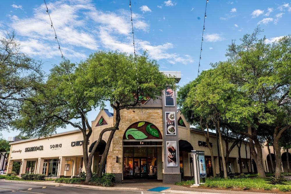 Washington Prime Group Inc. owns six area shopping centers, including The Arboretum. (Courtesy The Arboretum)