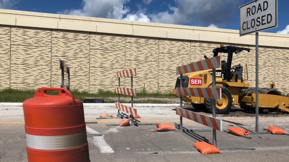 Once fully complete in the fall of 2021, the Hwy. 288 frontage road will be three lanes from Magnolia Parkway to Broadway Street heading only northbound. (Andy Yanez/Community Impact Newspaper)